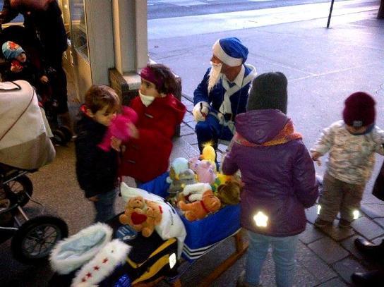 blauer Weihnachtsmann Österreich