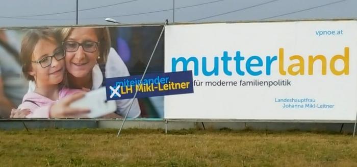 Johanna Mikl-Leitner feministisches Plakat Mutterland